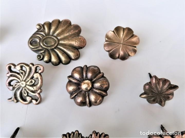 Antigüedades: COLECCION 19 ANTIGUOS BRONCES DECORATIVOS SIGLO XIX, PARA MUEBLES,BARCOS,CARROZAS,CABALLOS,CATALUNYA - Foto 4 - 216357080