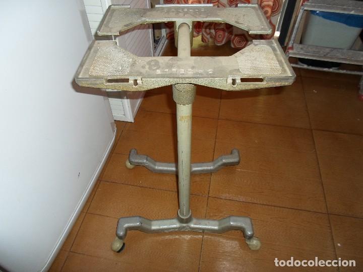 Antigüedades: MESA MAQUINA DE ESCRIBIR - Foto 5 - 216430977