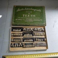 Antigüedades: ANTIGUO MUESTRARIO DE DIENTES MEDICO. Lote 216453882