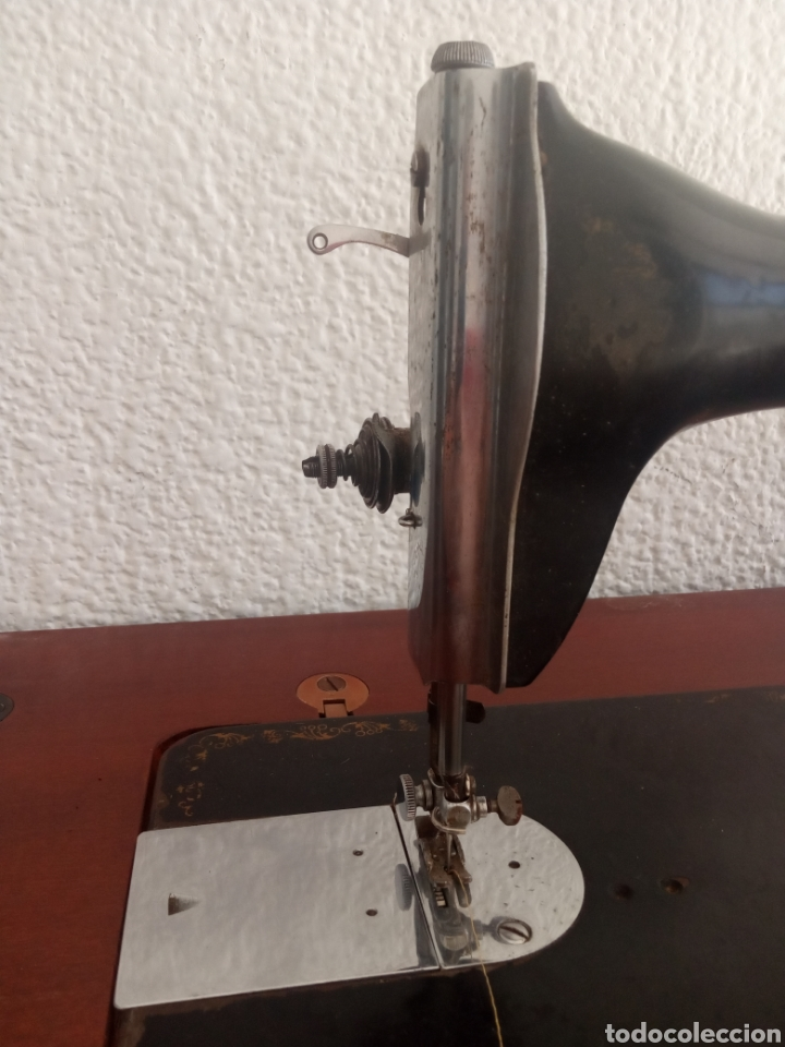 Antigüedades: Maquina de coser y mueble Alfa - Foto 9 - 216471815
