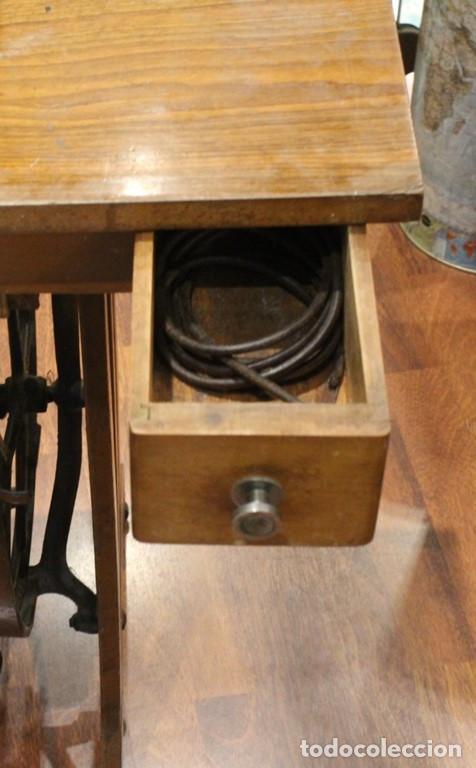 Antigüedades: Máquina Alfa, mueble original de hierro.Este producto sólo se suministra en Madrid - Foto 9 - 216490828