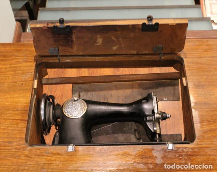 Antigüedades: Máquina Alfa, mueble original de hierro.Este producto sólo se suministra en Madrid - Foto 10 - 216490828