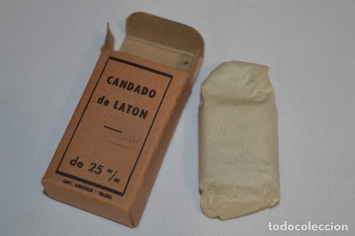 Antigüedades: NOS - ANTIGUO CANDADO DE LATÓN - NUEVO A ESTRENAR - LASIN - TOLOSA - LLAVES ESTRIADAS - ¡Mira fotos! - Foto 6 - 216538551