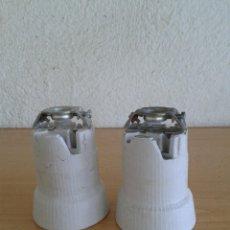 Antigüedades: 2 PORTALAMPARAS INDUSTRIALES CERAMICA E-40. Lote 216742650