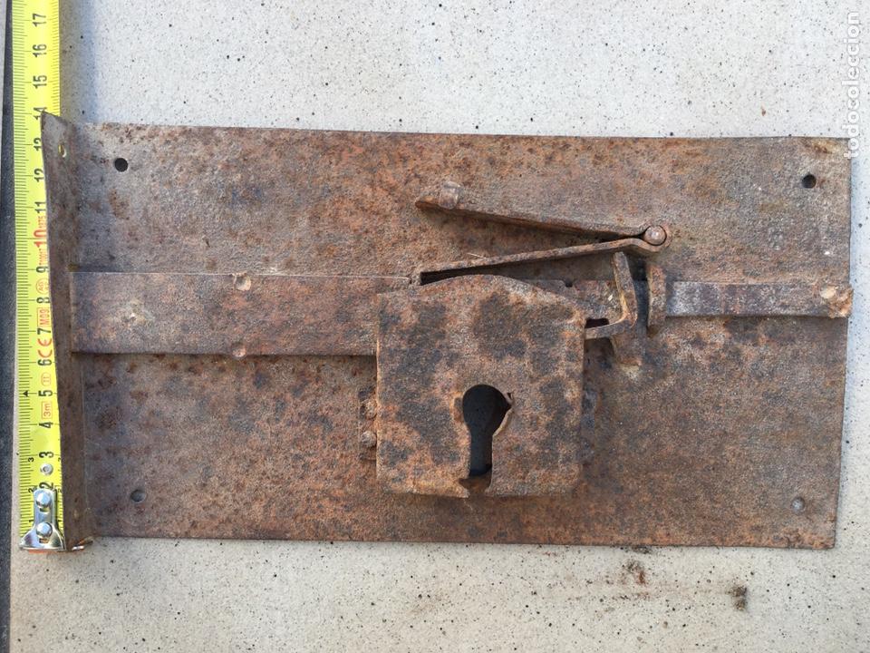 Antigüedades: cerradura antigua sin llave - Foto 2 - 216756368