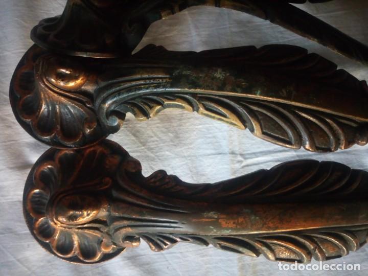 Antigüedades: Lote de 4 tiradores de armario de bronce,con imagen de la virgen - Foto 5 - 216864930