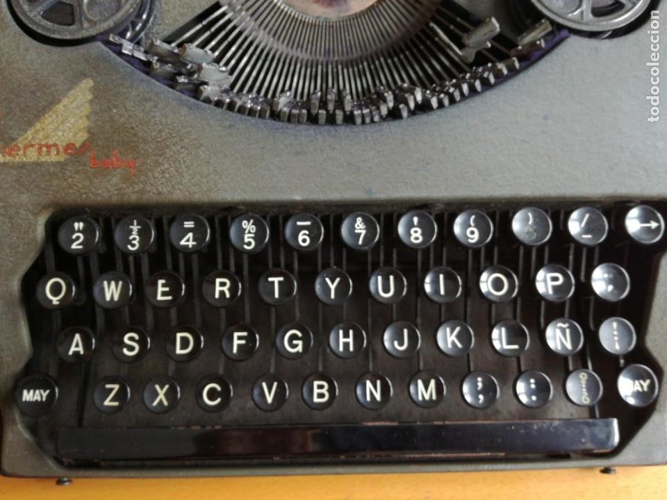 Antigüedades: Máquina de escribir portatil hermes baby en su maletin, años 30 - Foto 6 - 216869633