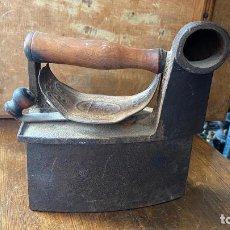 Antigüedades: PRECIOSA PLANCHA CARBON. Lote 216893275