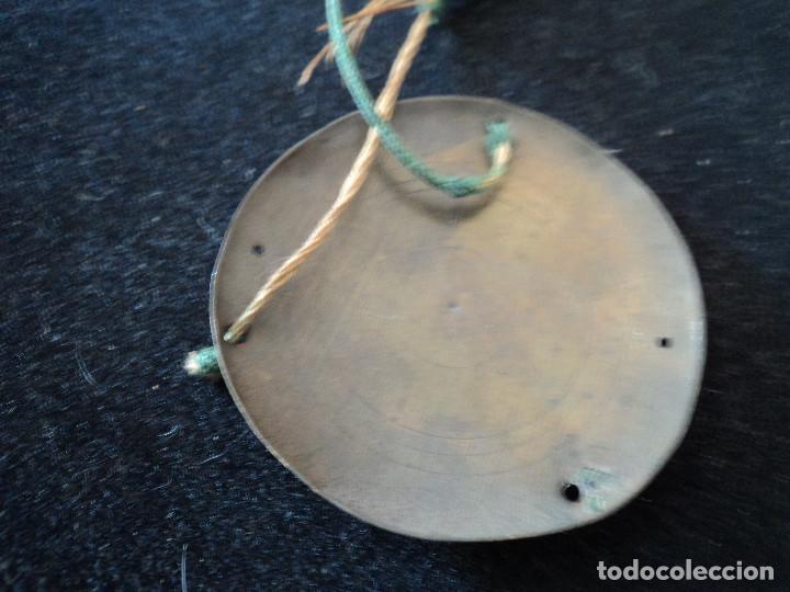 Antigüedades: pequeña balanza platos laton, para restaurar, brazo largo 19 cm platos 6 cm diametro - Foto 4 - 216979127