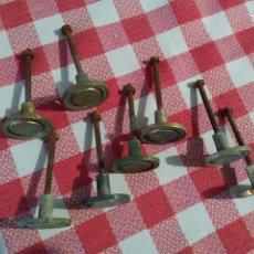 Antigüedades: TIRADOR METAL MUEBLES, IDEAL ARMARIO, MESITA, CAJONERAS,RUSTICO, RURAL LOTE 8 TIRADOR Y ASA. Lote 216990961