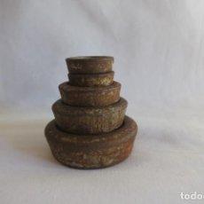 Antigüedades: PILA DE PESAS EN GRAMOS 5. Lote 217028903