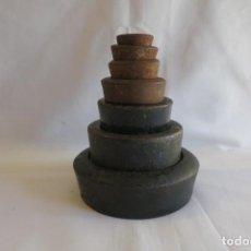 Antigüedades: JUEGO DE PESAS INGLESAS DE 4 LIBRAS A ONZA. Lote 217038762