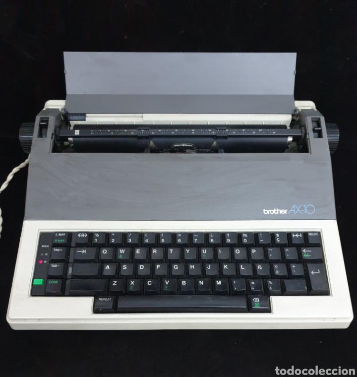 MAQUINA ELÉCTRICA BROTHER AX 10 (Antigüedades - Técnicas - Máquinas de Escribir Antiguas - Otras)