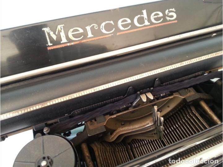 Antigüedades: Máquina escribir marca Mercedes. Antigua. Gran formato. Typewriter old - Foto 3 - 217095521