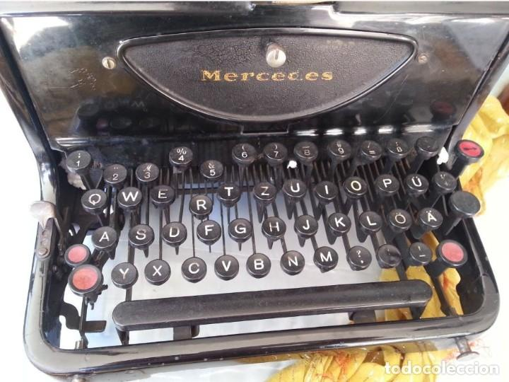 Antigüedades: Máquina escribir marca Mercedes. Antigua. Gran formato. Typewriter old - Foto 4 - 217095521
