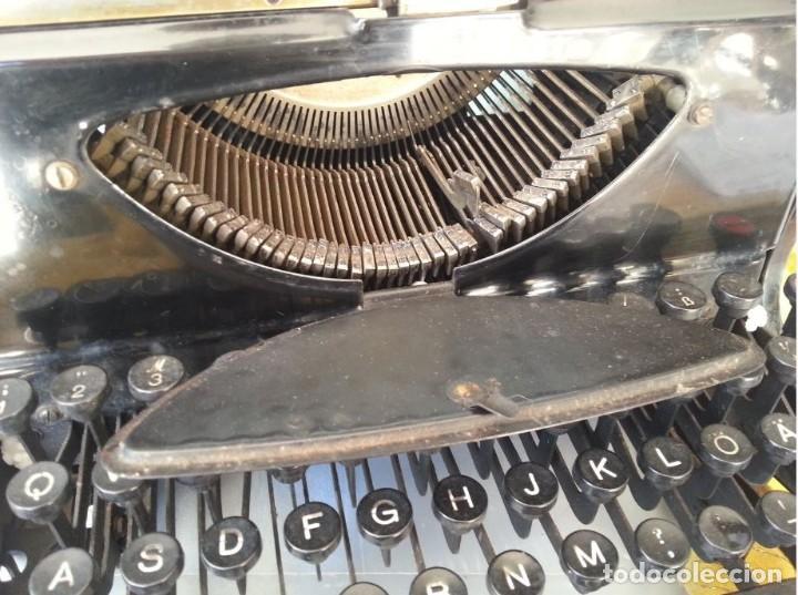 Antigüedades: Máquina escribir marca Mercedes. Antigua. Gran formato. Typewriter old - Foto 5 - 217095521