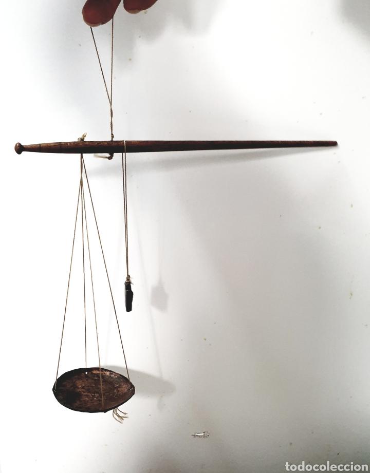 BALANZA PARA PESAR OPIO (Antigüedades - Técnicas - Medidas de Peso Antiguas - Otras)