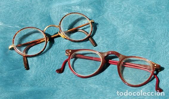 ANTIGUA PAREJA DE GAFAS - NIÑOS - GRADUADAS - MONTURA PASTA Y METÁLICA - ORIGINAL FORMA - COLECCIÓN (Antigüedades - Técnicas - Instrumentos Ópticos - Gafas Antiguas)