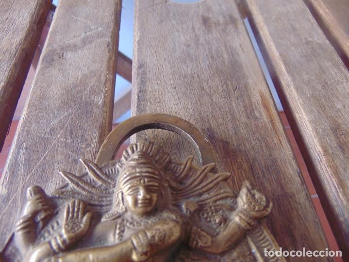 Antigüedades: CANDADO EN METAL,MARCADO INDIA DIOSA ESTA ABIERTO , NO TIENE LA LLAVE - Foto 2 - 217139787