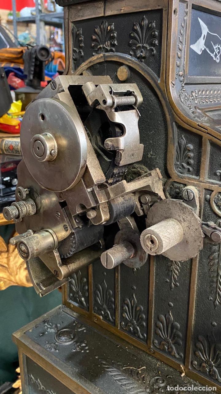 Antigüedades: PRECIOSA CAJA REGISTRADORA NATIONAL SIGLO XIX - Modelo con metal repujado - Foto 14 - 217205650