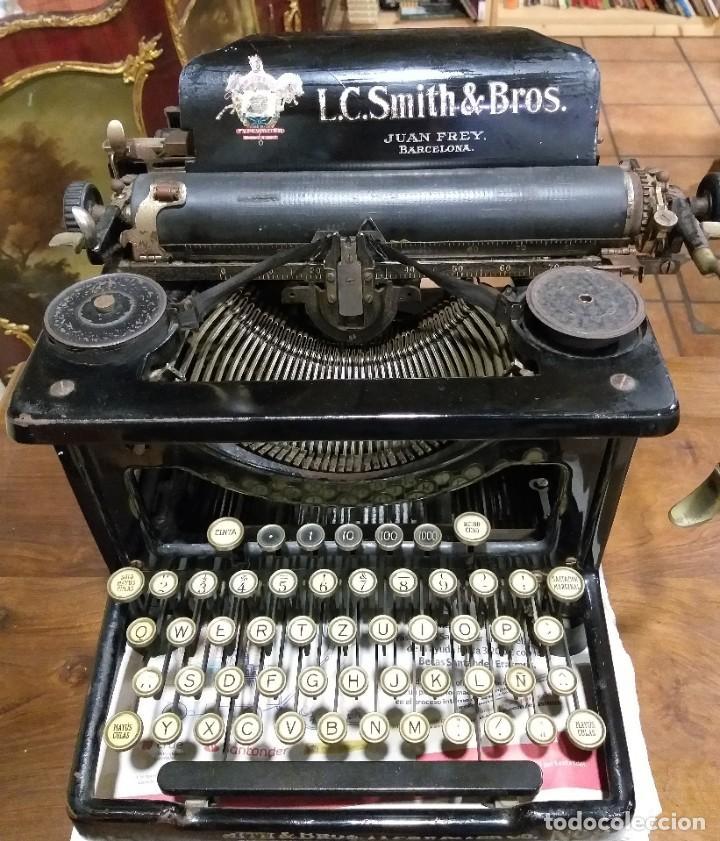 Antigüedades: MÁQUINA DE ESCRIBIR LC SMITH & BROS Nº 8, U.S.A DISTRIBUIDOR JUAN FREY BARCELONA CIRCA 1928 - Foto 3 - 217262405