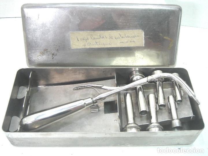 Antigüedades: ANTIGUO JUEGO MEDICO - CANULAS DE INTUBACION AÑOS 50 - INSTRUMENTAL QUIRURJICO KIT CLINICO - Foto 2 - 217274213