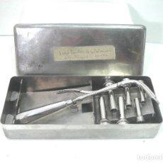 Antigüedades: ANTIGUO JUEGO MEDICO - CANULAS DE INTUBACION AÑOS 50 - INSTRUMENTAL QUIRURJICO KIT CLINICO. Lote 217274213