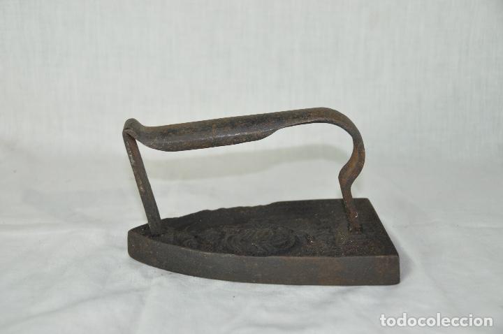 PLANCHA DE HIERRO SAMION F Nº 6 (Antigüedades - Técnicas - Planchas Antiguas - Hierro)