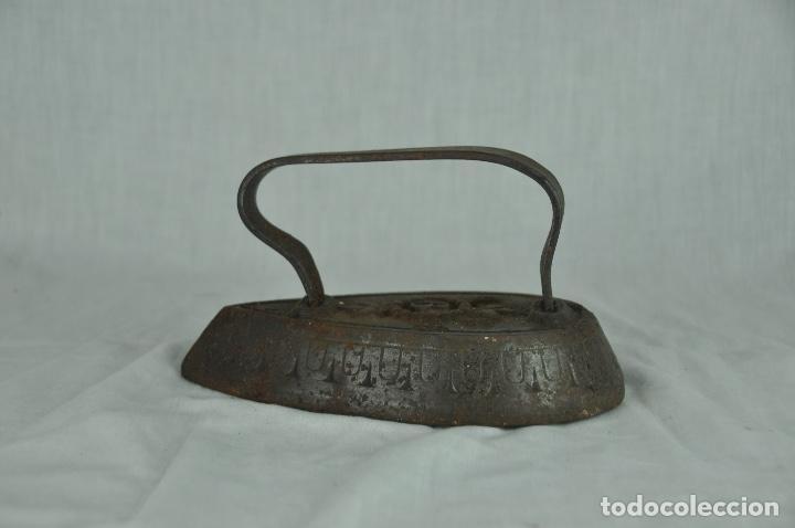 Antigüedades: Plancha de hierro SD9 - Foto 2 - 217335805