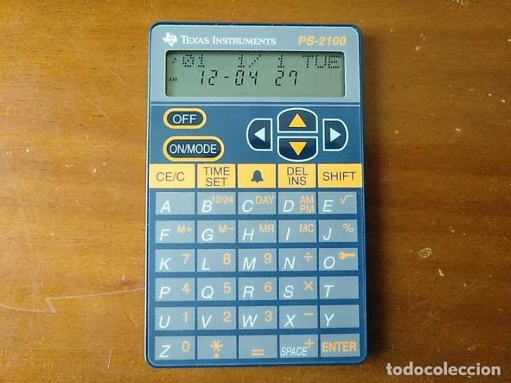 Antigüedades: TEXAS INSTRUMENTS PS-2100 DATA BANK CALCULADORA RELOJ CLOCK SCHEDULER CALCULATOR - Foto 15 - 217350226