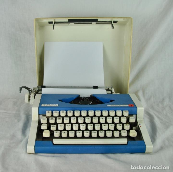 Antigüedades: Máquina de escribir Olympia Traveller de Luxe - Foto 6 - 217354270