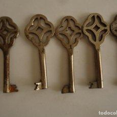 Antigüedades: 5 LLAVES HUECAS ANTIGUAS DE HIERRO. LARGO 7. Lote 217473312