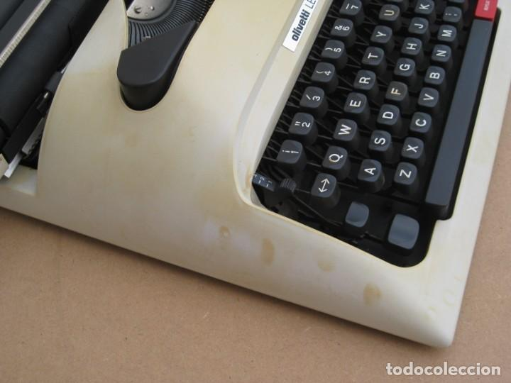 Antigüedades: Maquina escribir Olivetti Lettera 12 - Foto 7 - 217514635