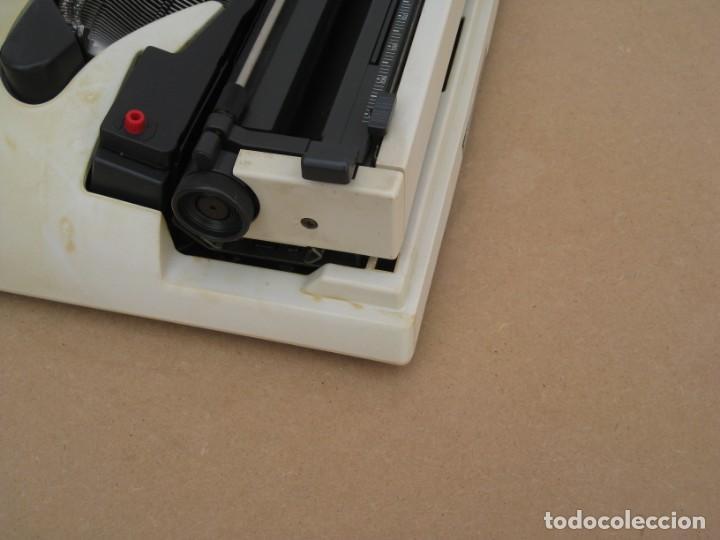 Antigüedades: Maquina escribir Olivetti Lettera 12 - Foto 10 - 217514635