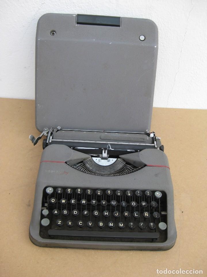 Antigüedades: Maquina escribir antigua. Hermes Baby. Suisse. - Foto 5 - 217529957