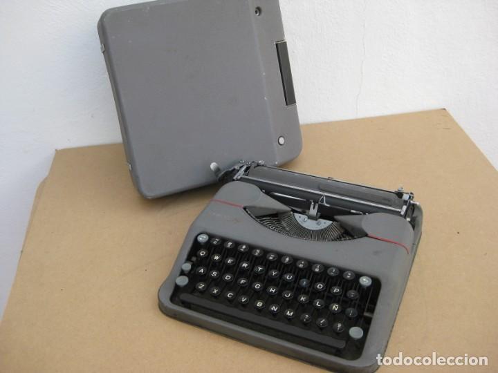 Antigüedades: Maquina escribir antigua. Hermes Baby. Suisse. - Foto 14 - 217529957