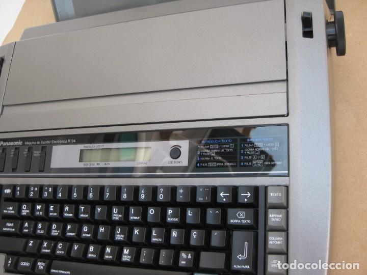 Antigüedades: Maquina electronica de escribir Panasonic R194 - Foto 9 - 217531693