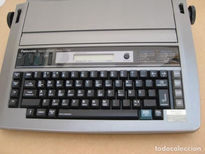 Antigüedades: Maquina electronica de escribir Panasonic R194 - Foto 10 - 217531693