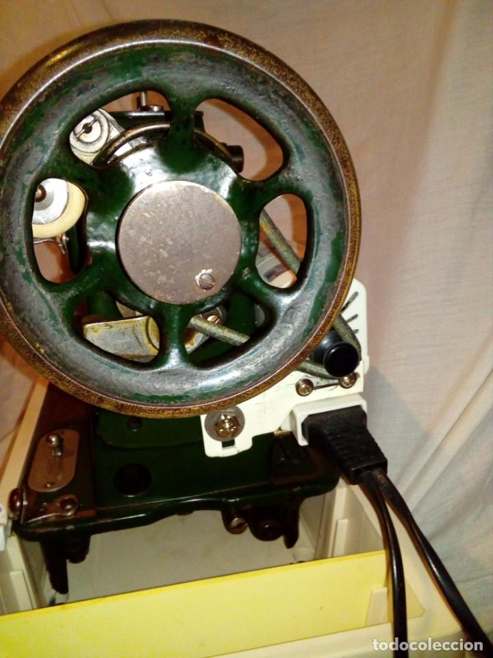Antigüedades: maquina de coser REFREY - Foto 10 - 217625091