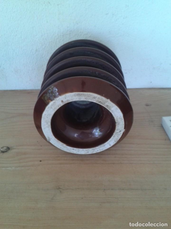 Antigüedades: GRAN JICARA MARRÓN AISLANTE ELÉCTRICO CERÁMICA PORCELANA - Foto 3 - 217684091