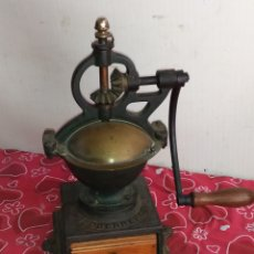 Antigüedades: GRAN MOLINO DE CAFÉ GOLDENBERG SIGLO XIX FUNCIONA. Lote 217748948