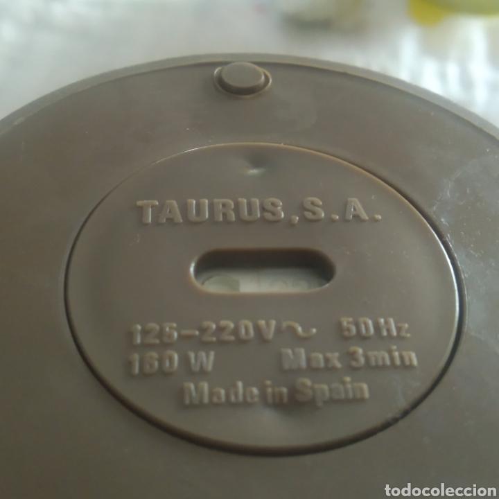 Antigüedades: MOLINILLO ELECTRICO TAURUS M50 AÑOS 70 - Foto 4 - 217916228