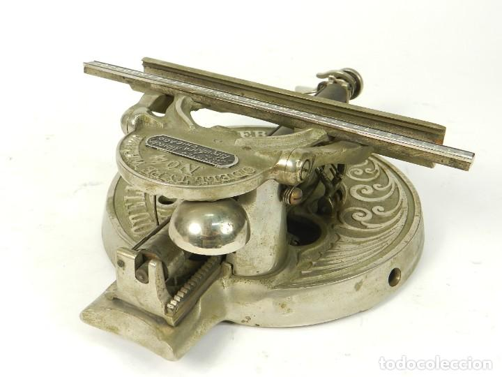 Antigüedades: ANTIGUA MAQUINA DE ESCRIBIR ODELL Nº4 AÑO 1890 TYPEWRITER SCHREIBMASCHINE - Foto 9 - 217920200