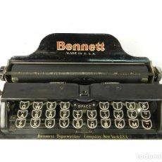 Antigüedades: ANTIGUA MAQUINA DE ESCRIBIR BENNETT COLOR NEGRO 1910 TYPEWRITER SCHREIBMASCHINE. Lote 217922236