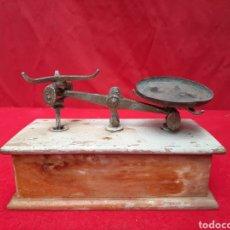 Antigüedades: ANTIGUA BALANZA GRAMERA PARA RESTAURAR. Lote 217950140