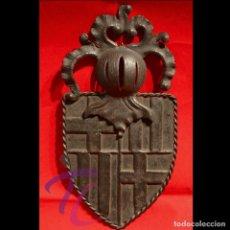 Antigüedades: ANTIGUO ESCUDO DE BARCELONA EN FORJA DE HIERRO. Lote 114462927