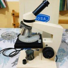 Antigüedades: ANTIGUO MICROSCOPIO PROFESIONAL ENOSA MONOCULAR 3 OBJETIVOS 4/0,10-10/0,25-45/0,65 FUNCIONA EN CAJA. Lote 218184541