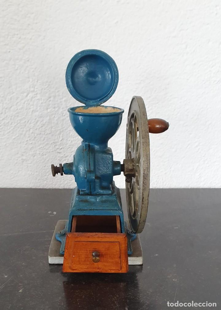 Antigüedades: MOLINILLO DE CAFE, RUEDA LATERAL, AÑOS 30. - Foto 6 - 218482738