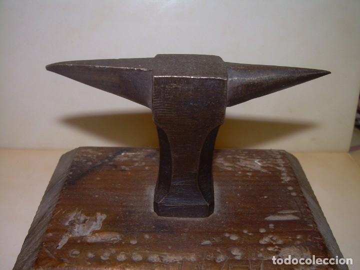 Antigüedades: MUY ANTIGUO Y PEQUEÑO TAS DE ACERO.. CON CONTRAMARCA..VER FOTOS...DE JOYERO O PLATERO. - Foto 2 - 218518860