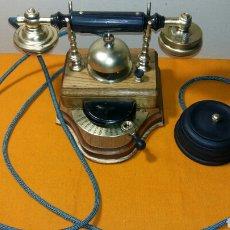Teléfonos: TELÉFONO ANTIGUO DE MESA PARA INTERNOS. Lote 218542752